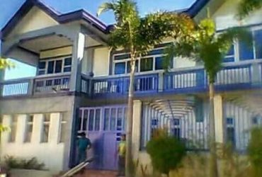 For sale house and lot with pool Two storey house…