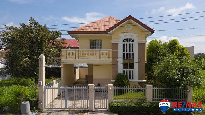 FOR SALE: 2-Story House in Metrogate, Clean Title