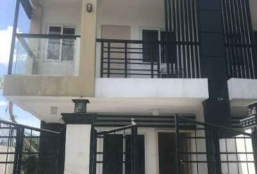 4 Bedroom townhouse (Apartment A) for Rent with Maid quarters in Imus, Cavite