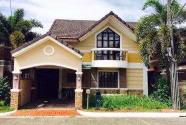 2 Storey House and Lot for Rent in City of San Fernando