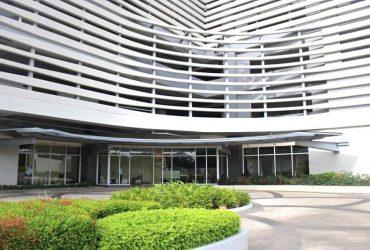 1 BR Furnished – One Pavilion Place Condominium