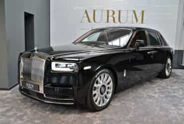 Rolls-Royce Phantom VIII*SWB*MY18*BLACK/BLACK*STOCK*NEW CAR* Reutlingen