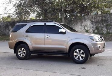 TOYOTA FORTUNER 2008 AT
