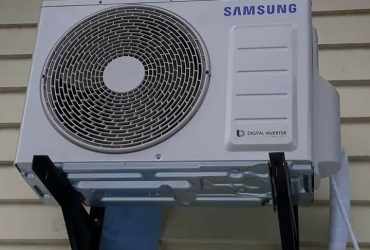 NewLatest Samsung rectangle split type aircon inverter with free installation