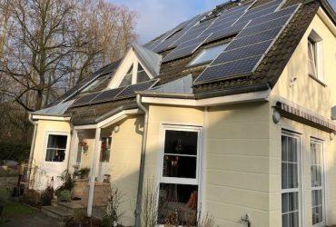 WundersSchönes Haus mit 4 Zimmern inkl. zu Wohnzwecken ausgeb. KG + Spitzboden in Berlin, Frohnau