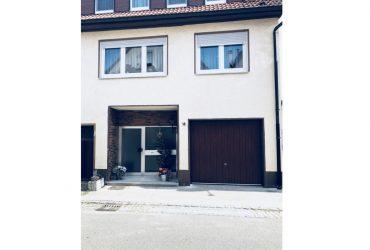 Großzügiges Einfamilienhaus auf 148m²  Metzingen, Reutlingen (Kreis)