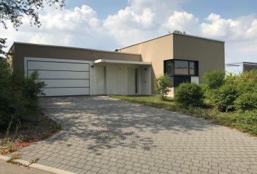 Baujahr 2014! Exklusives Wohnen auf 234 m² in herrlicher Aussichtslage von Weinsberg