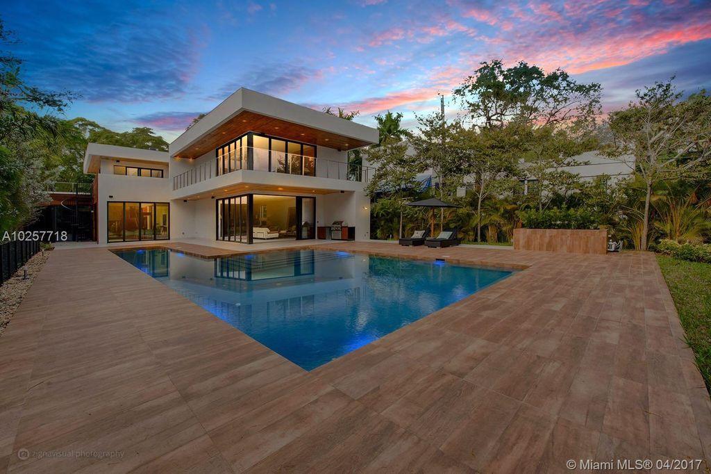 Luxury 6 Bedroom House For Sale Inmi Florida