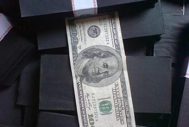 WE  SOLUTION CHEMICAL WITH ACTIVATION POWDER FOR CLEANING ALL TYPE OF BANK NOTES