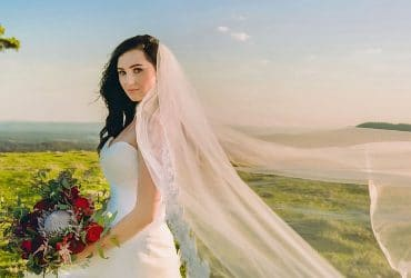 Get Wedding Photographer in Toowoomba at Low Cost