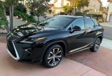 Selling Lexus  RX 350 2016